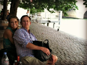 Lunch along the Seine